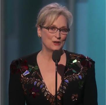 Meryl Streep Golden Globes 2017 @manningthewall.com