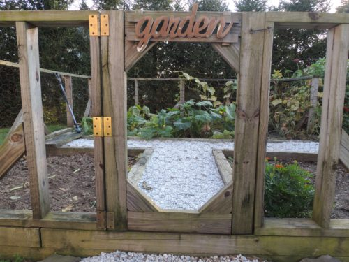 Kitchen Garden Gate | manningthewall.com